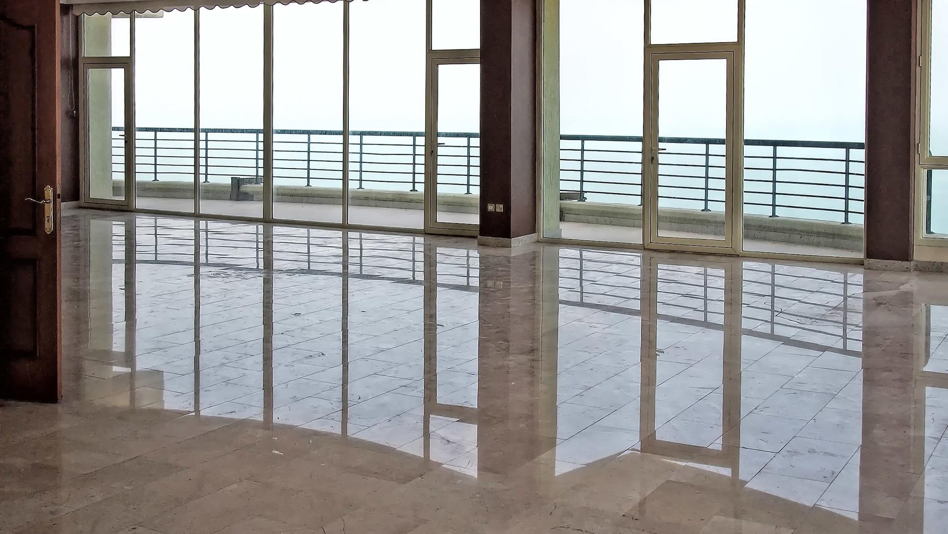 Salmiya – four bedroom penthouse w/stunning views