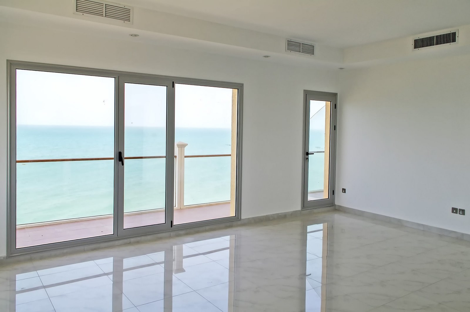 Abu Hasania – sea view, three bedroom apartments w/pool