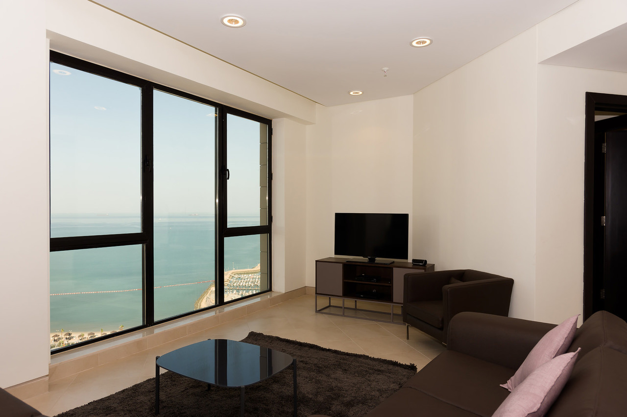 Bneid Al Gar – modern, serviced one and two bedroom apartments w/sea view
