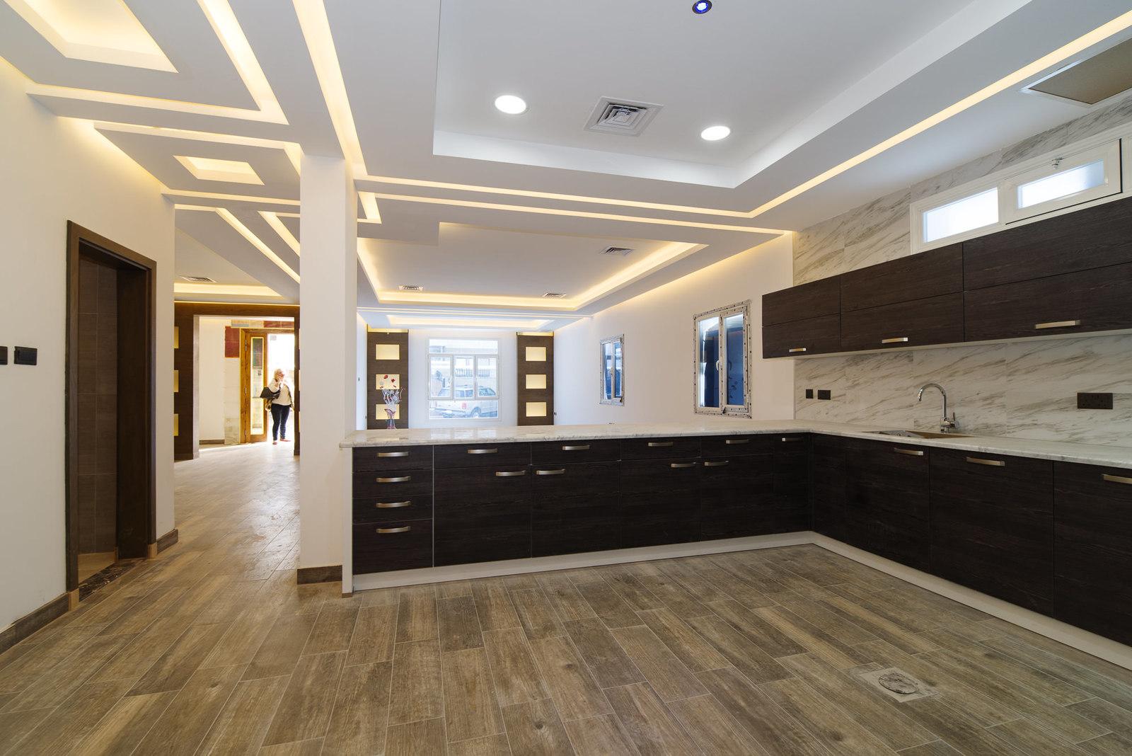 Salwa –  spacious, modern, three bedroom floors