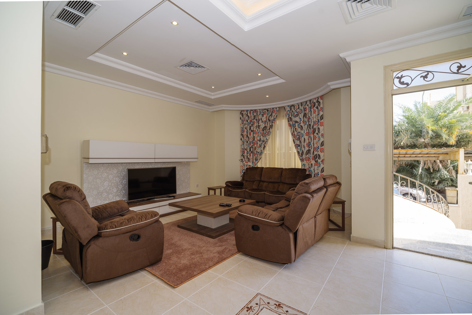Salwa – fully furnished, three bedroom apartment