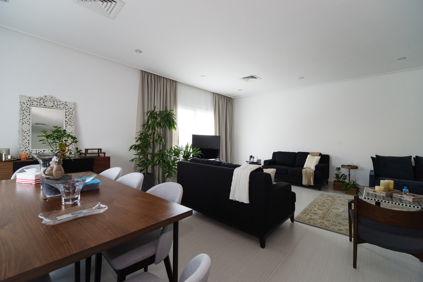 Rumathiya – great, unfurnished, four bedroom apartment w/terrace