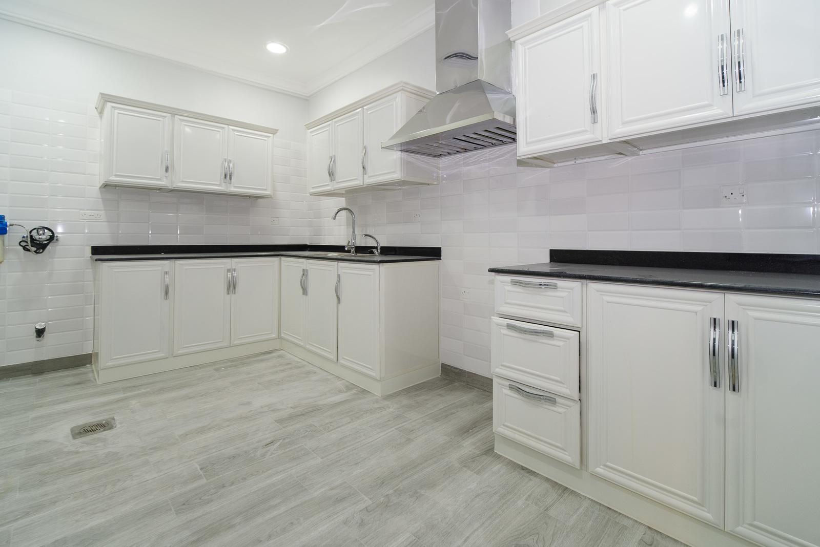Salam – nice, unfurnished, three bedroom apartment