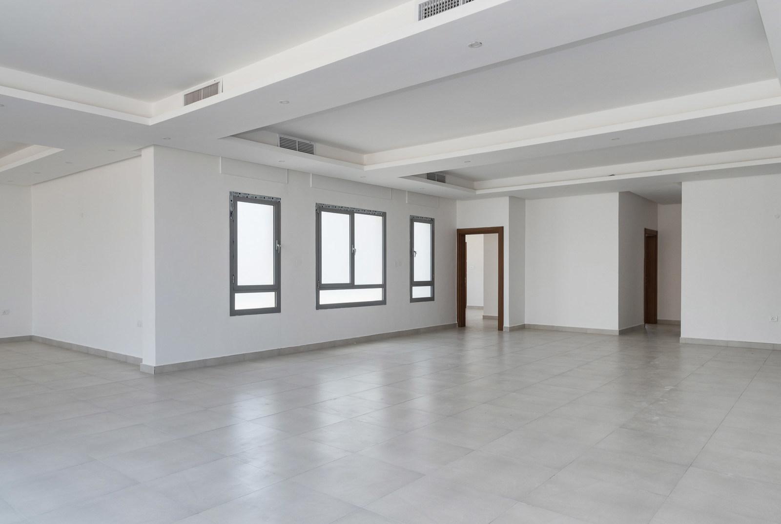 Masayel – spacious, unfurnished, four bedroom floor