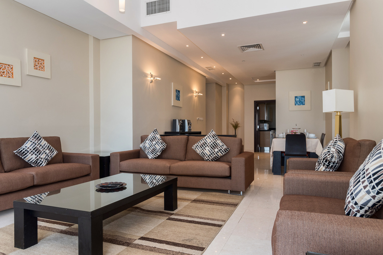 Fintas – great, furnished, three bedroom apartments