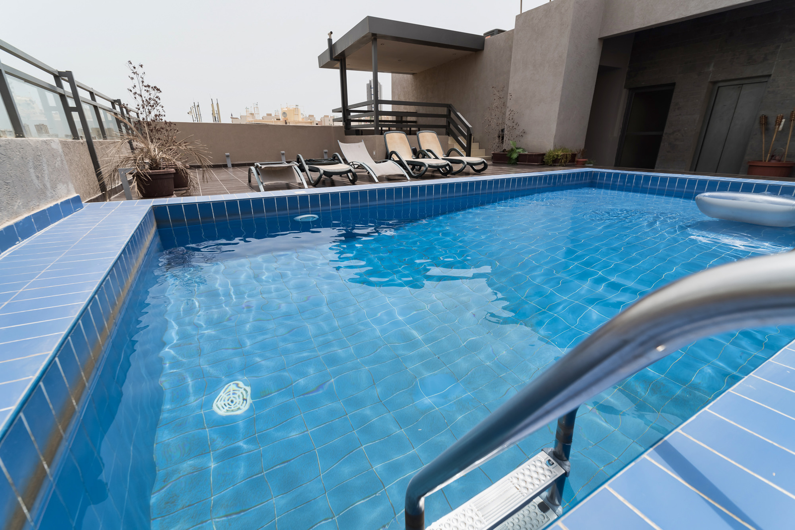Salmiya – furnished and serviced two bedroom apartments w/pool