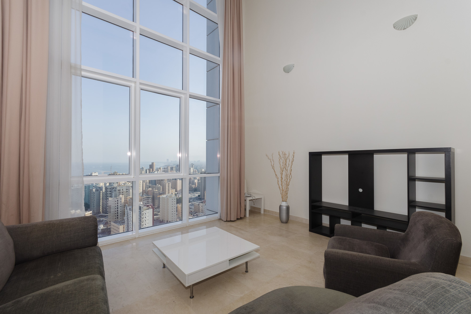 Salmiya – unfurnished, three bedroom penthouse