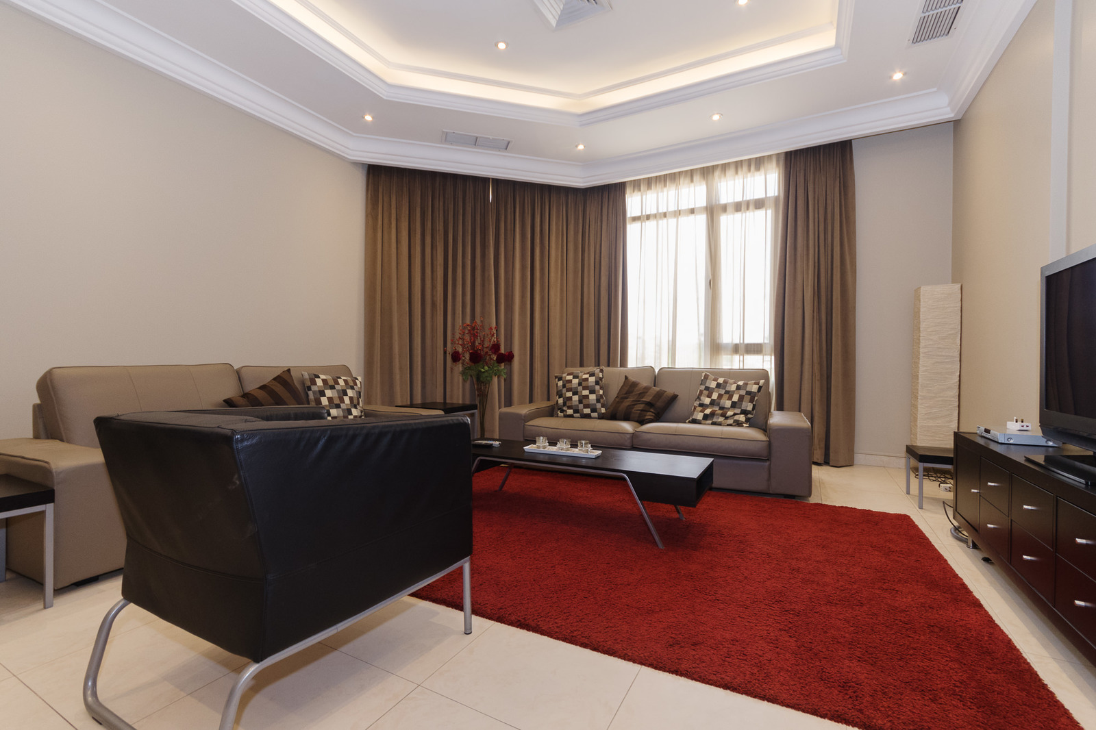 Bayan – executive, fully furnished three bedroom apartment