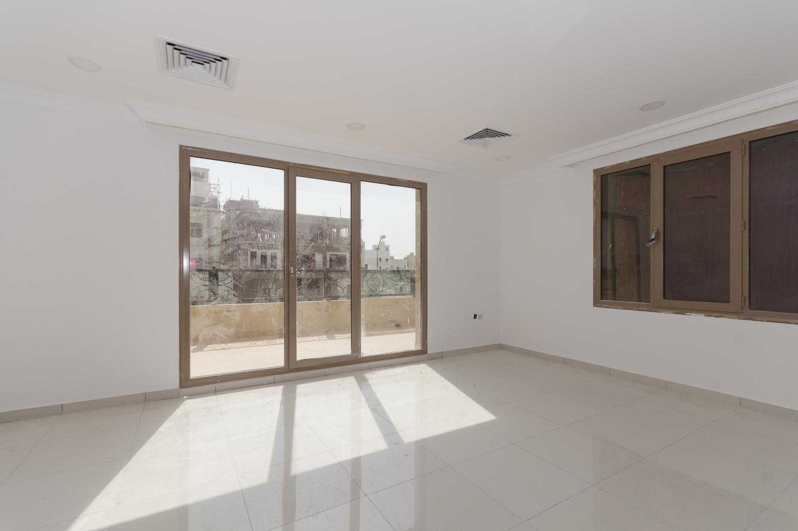 Funaitees –  modern, unfurnished three bedroom apartment