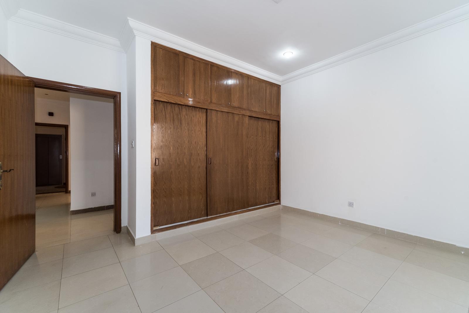Egaila – large, unfurnished, three bedroom apartment w/balcony