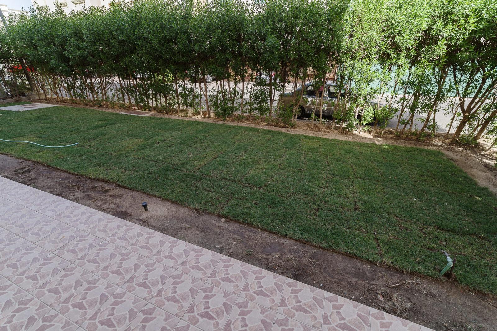 Fahad Al Ahmad – very spacious, unfurnished, five bedroom villa