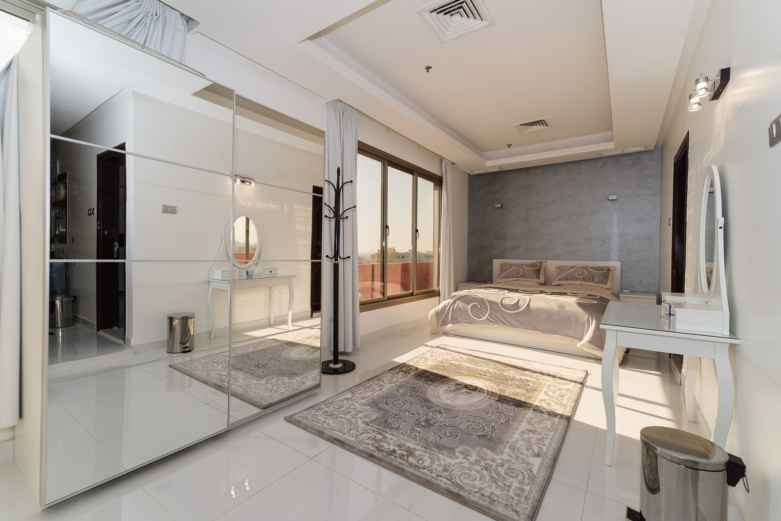Mangaf – unique, spacious, furnished studio with panoramic views