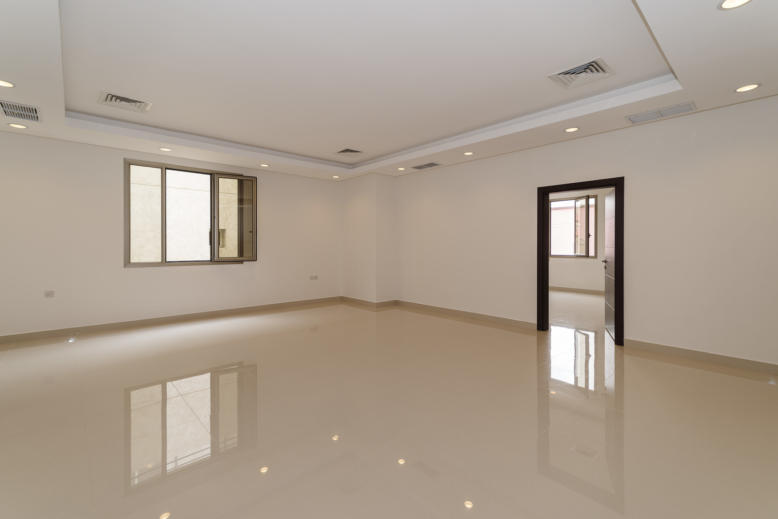 Zahra – unfurnished, four bedroom apartment