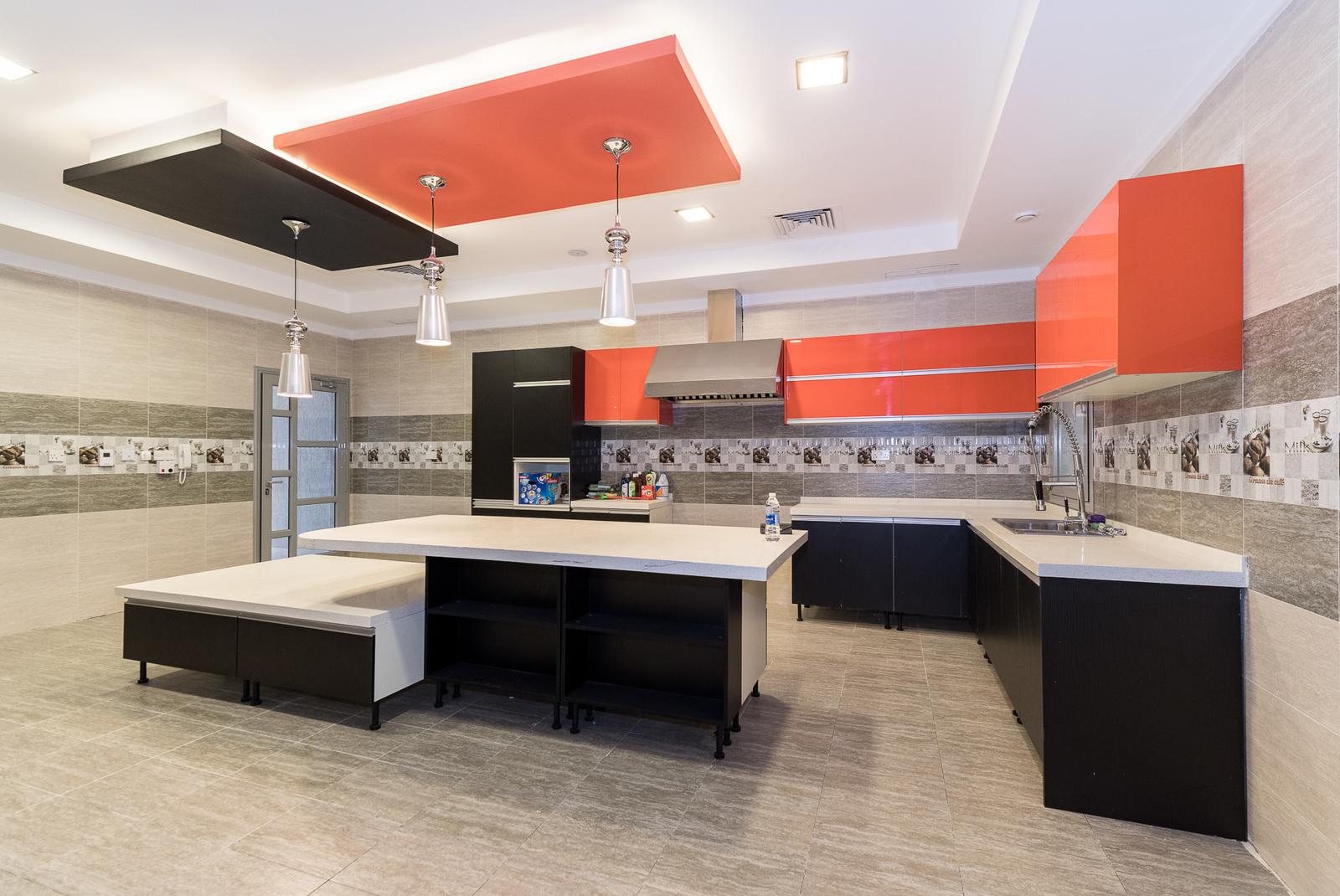 Jaber Al Ahmad – fantastic, new, contemporary, six bedroom home