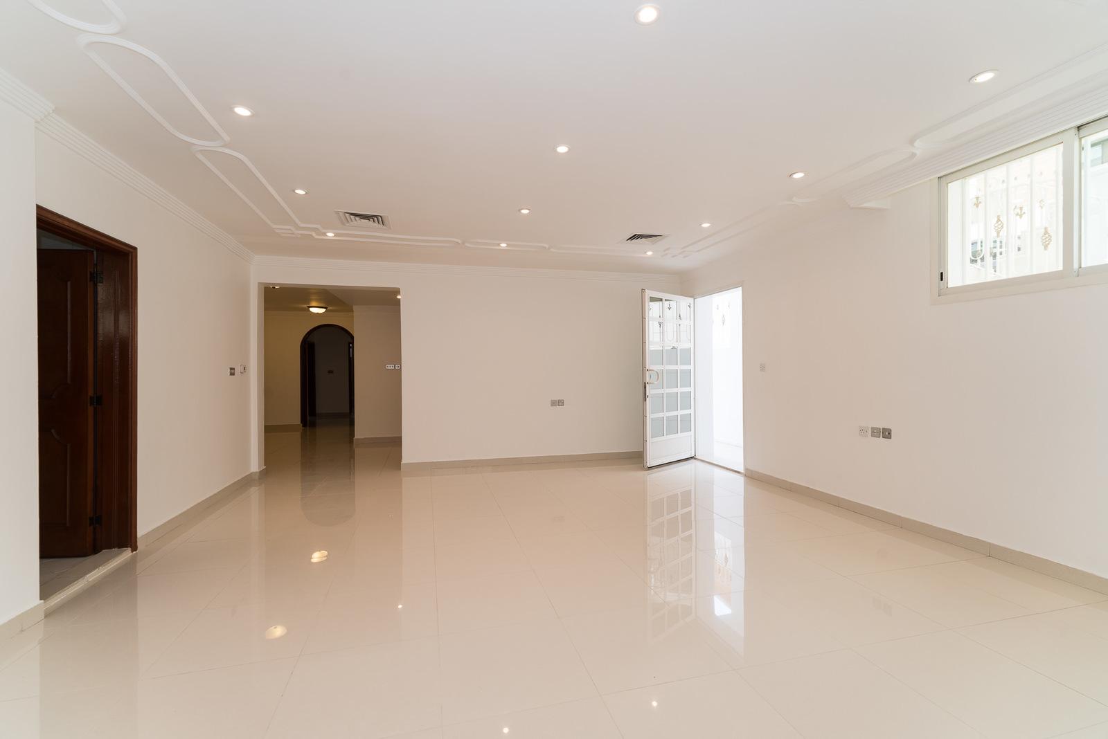 Salwa – spacious, light, unfurnished, basement apartment