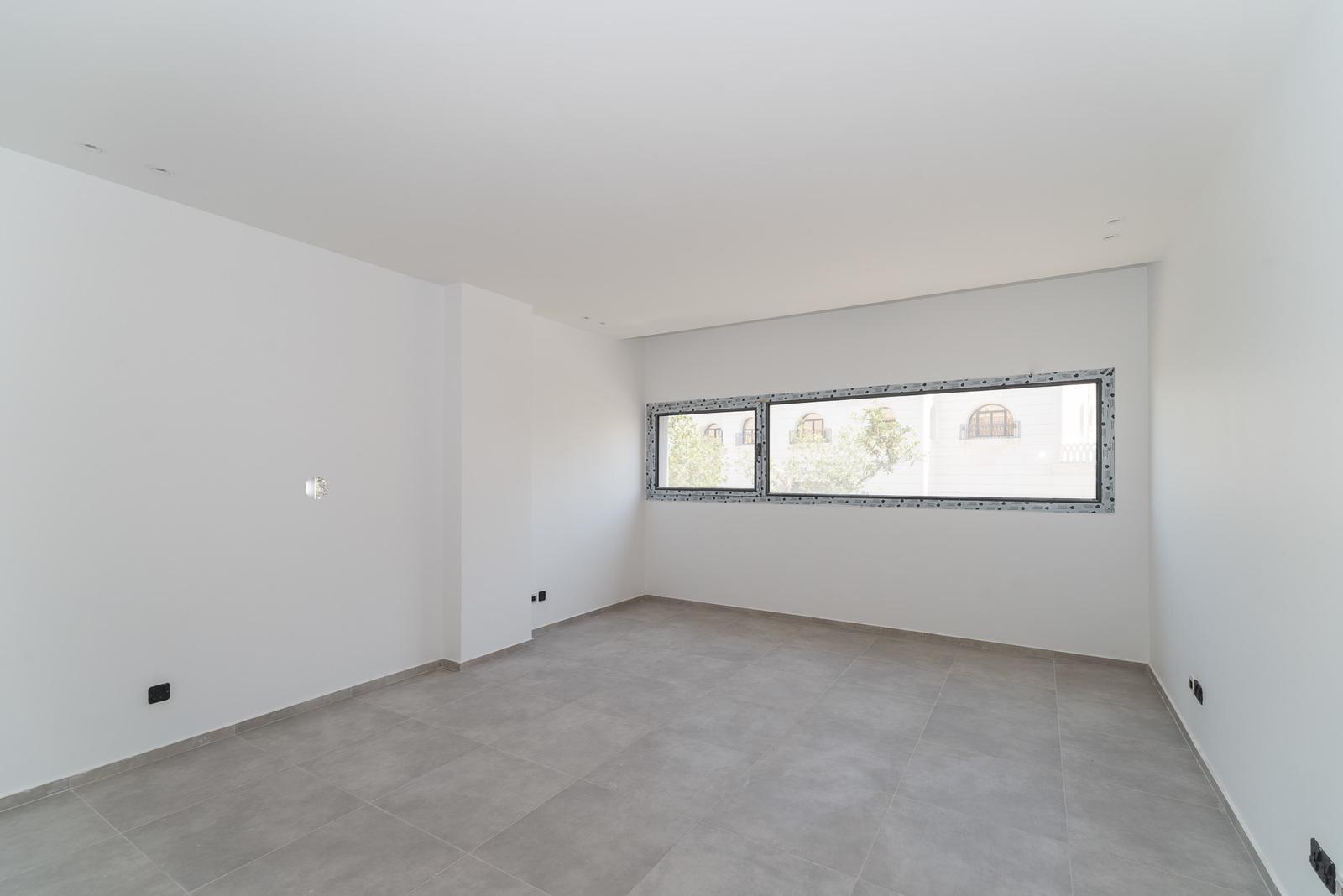 Surra – new, modern, unfurnished, four bedroom floor w/balcony