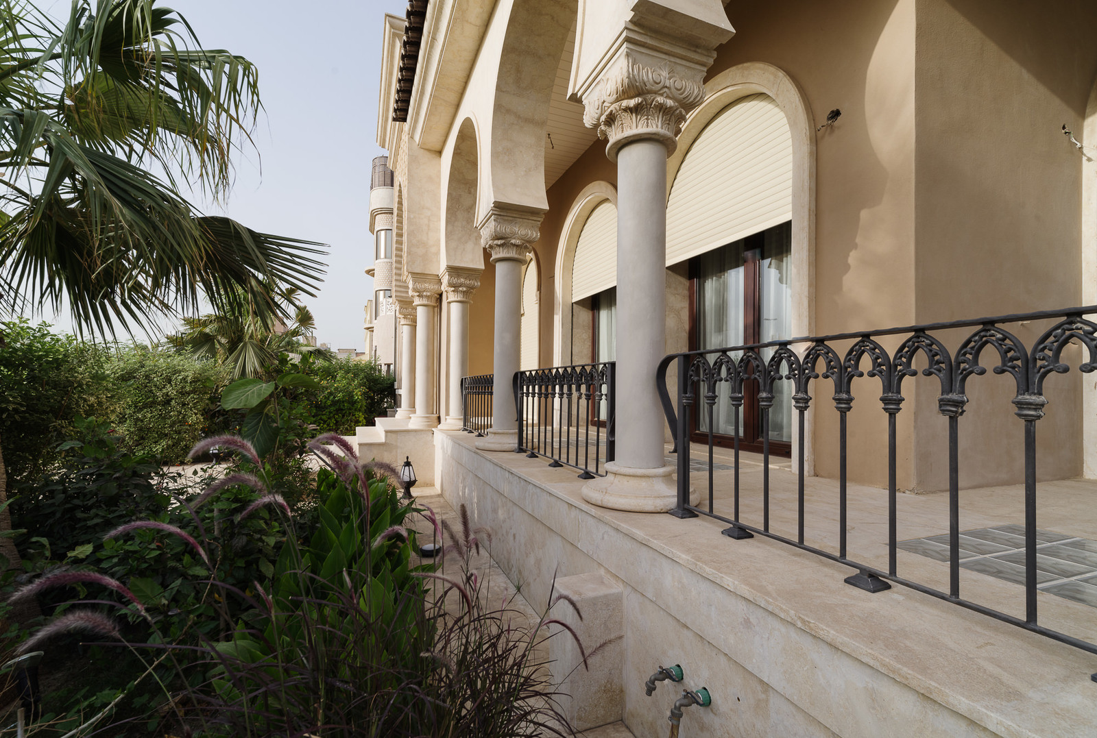 Faiha – exclusive five bedroom home w/private pool and garden