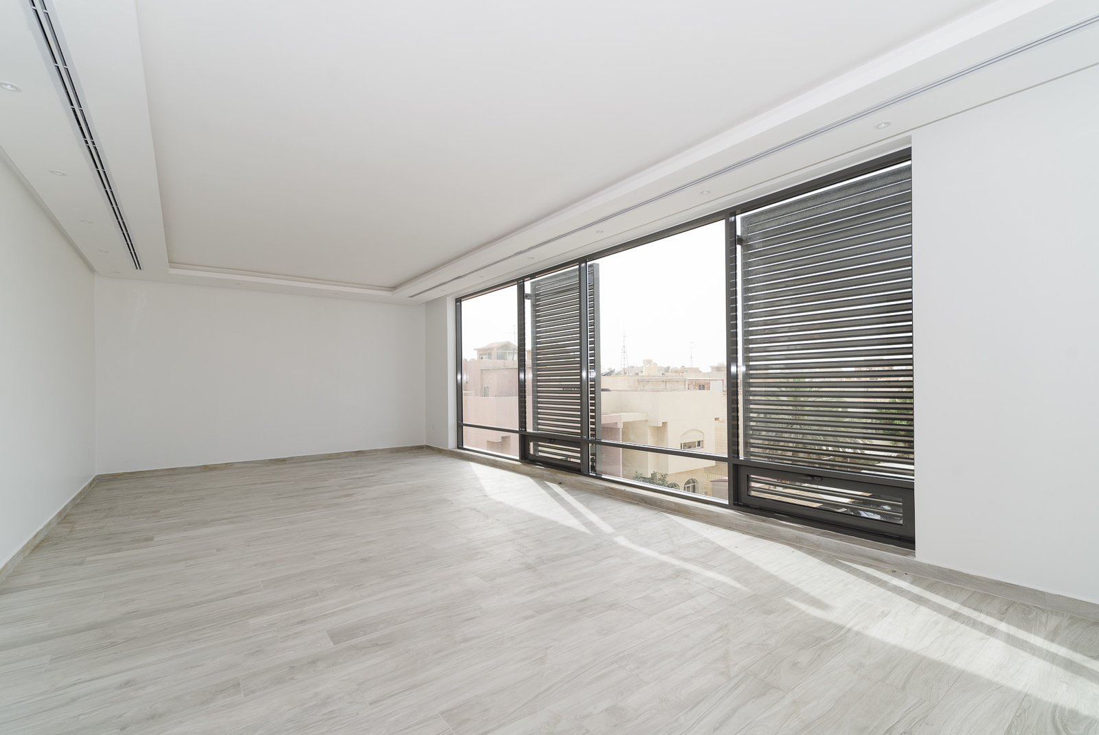 Surra- great, new, contemporary four bedroom floors