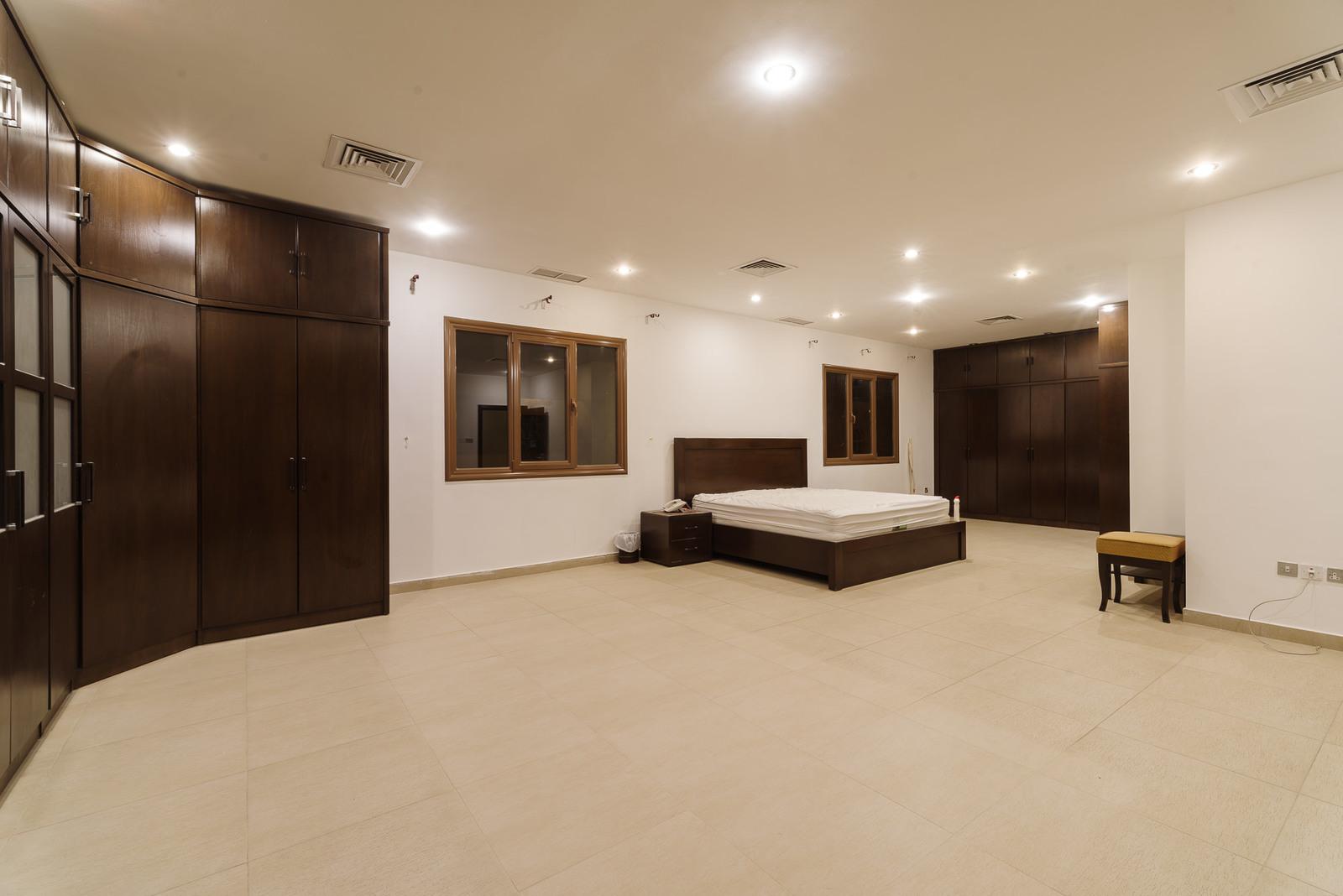 Zahra – very spacious, four floor, semi furnished villa
