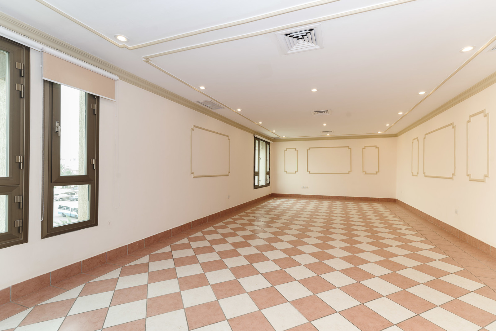 Surra – unfurnished, large, three bedroom apartment