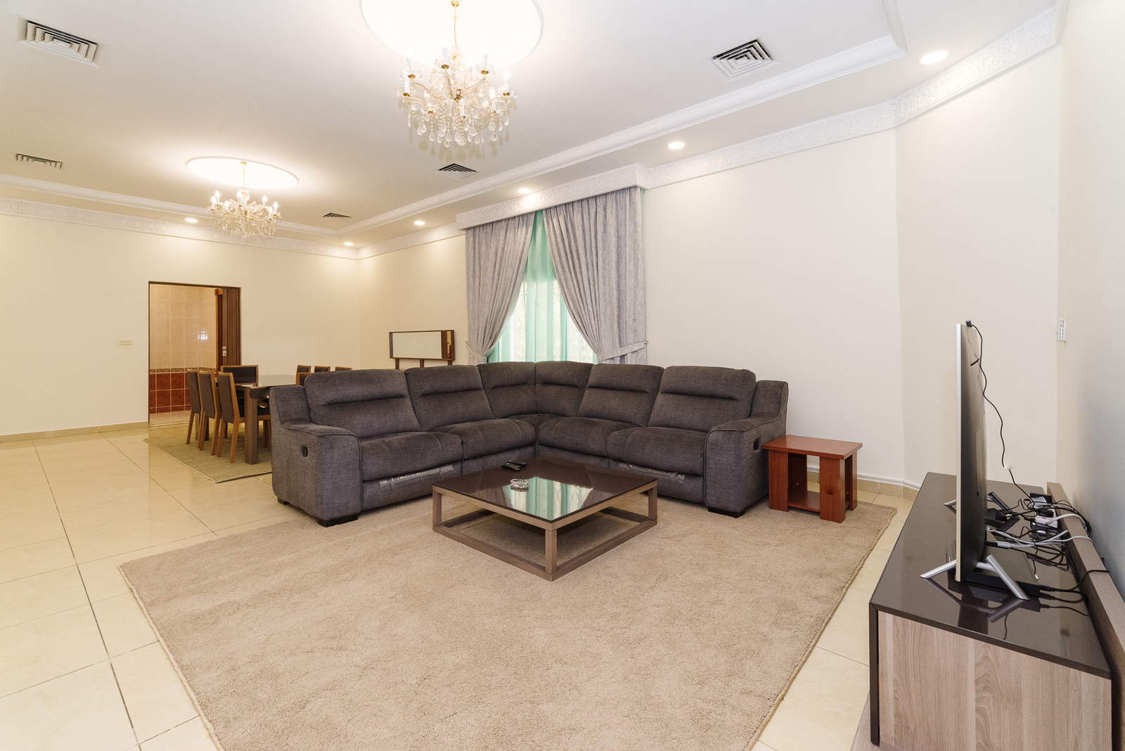 Salwa – very large, furnished three bedroom ground floor apartment w/private yard