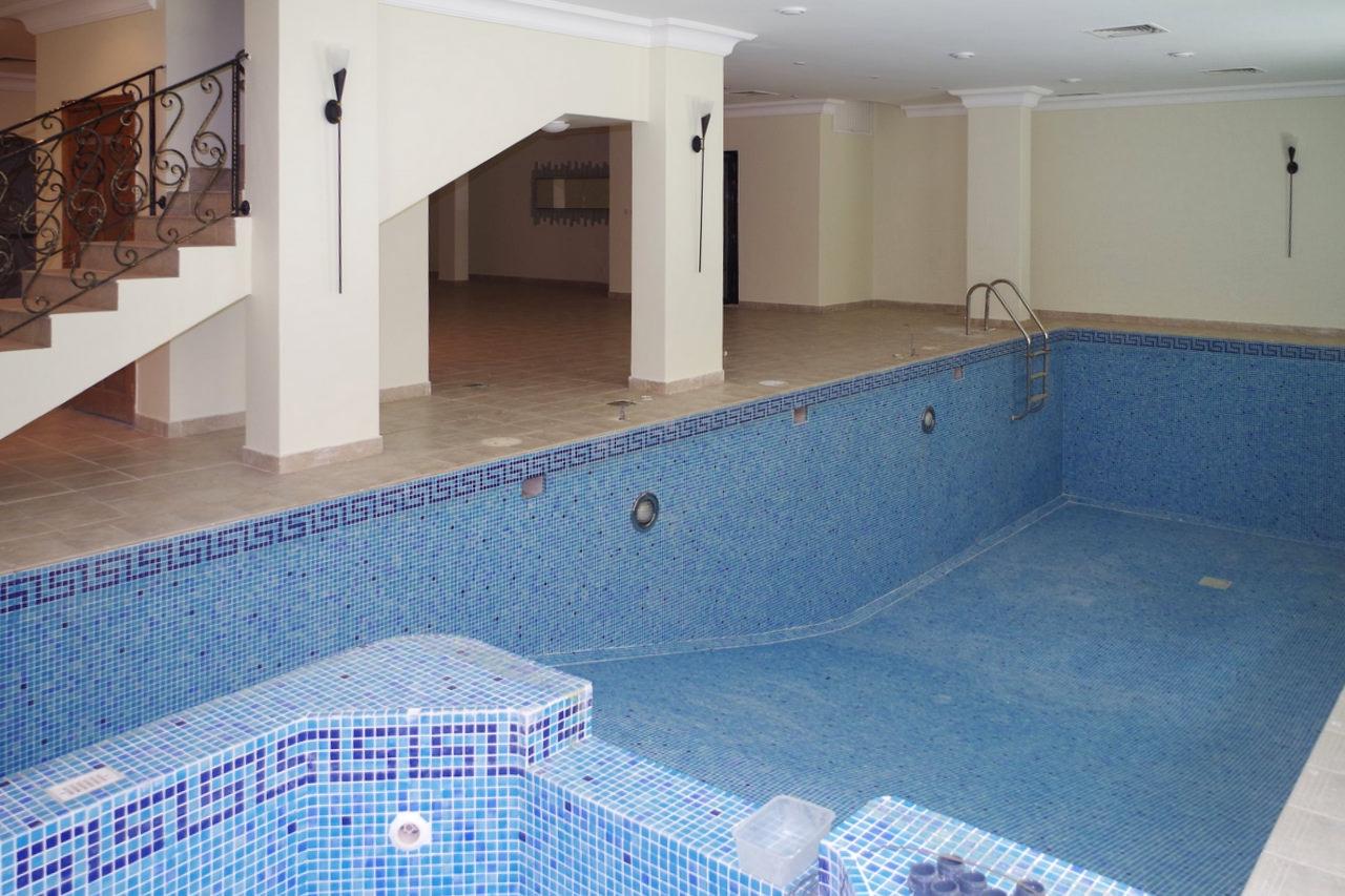 Adan – unfurnished, seven bedroom villa w/pool