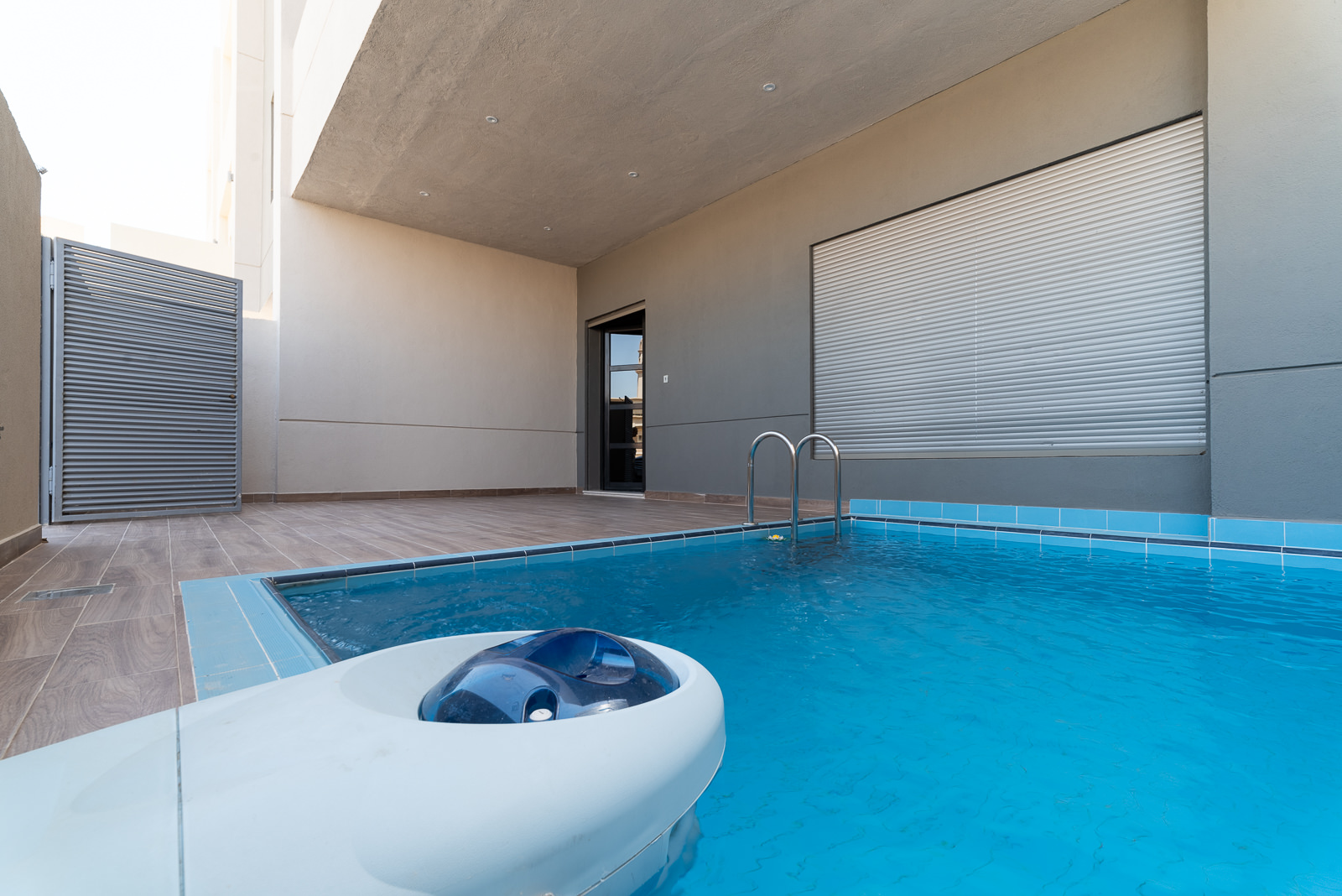 Abu Fatira – new, four bedroom ground floor w/ small private pool