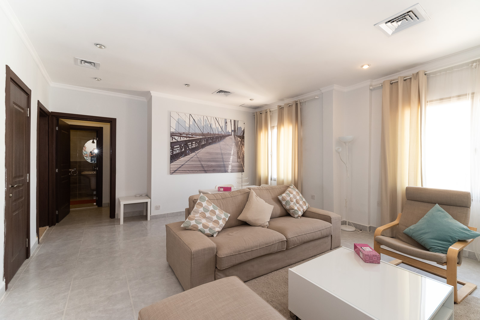 Fintas – furnished, one bedroom apartment w/gym