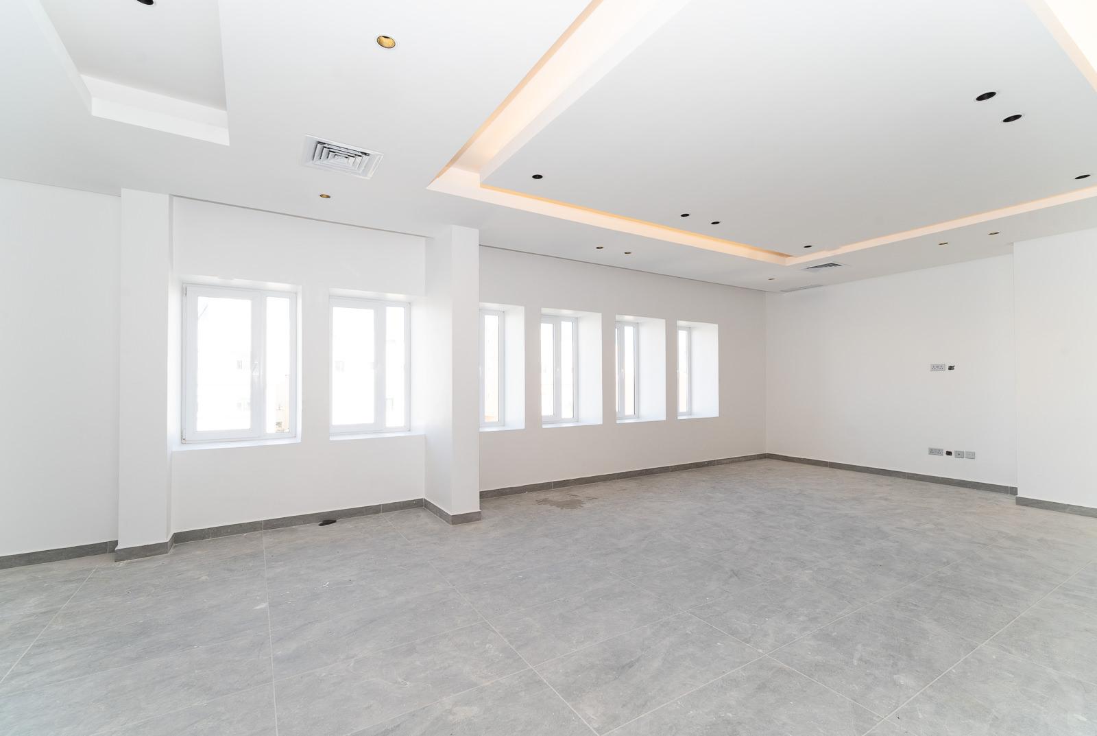 Hateen – great, new, four bedroom floor