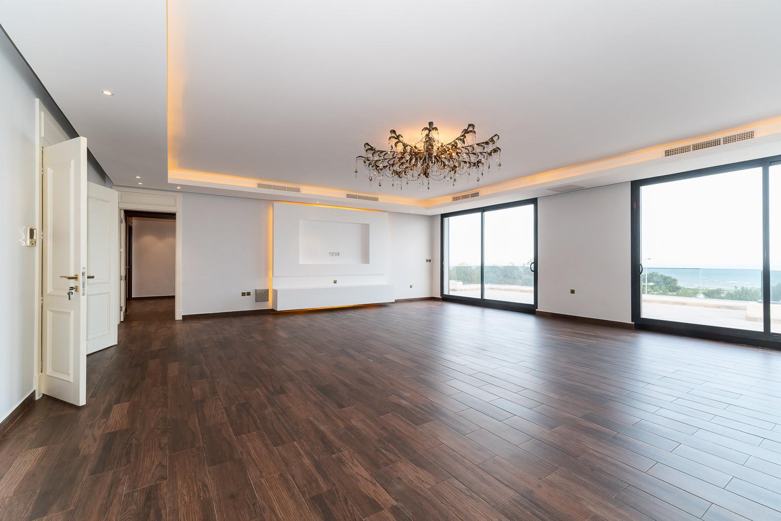 Salwa – unique, sea view penthouse w/terrace