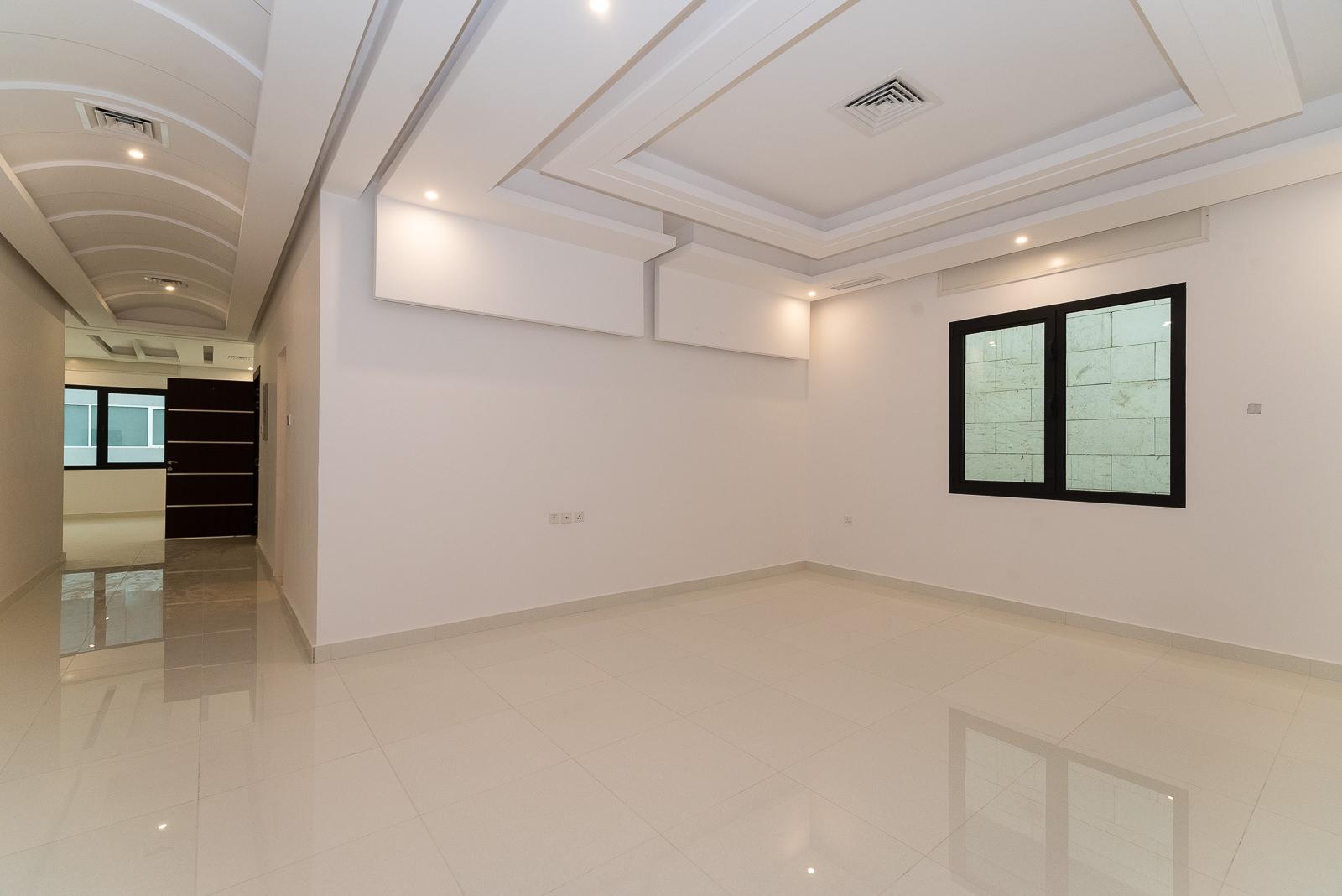 Abu Fatira – spacious, unfurnished three bedroom floor w/balcony
