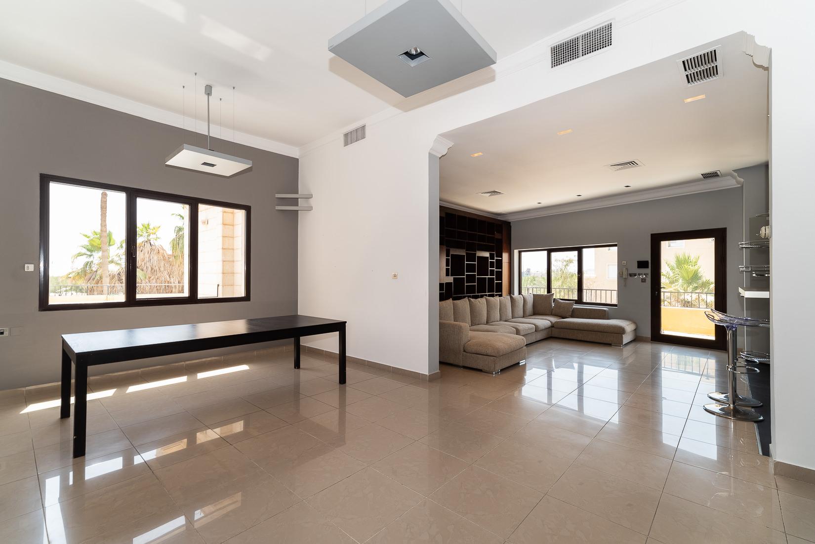 Khaldiya – charming, semi furnished floor w/terrace