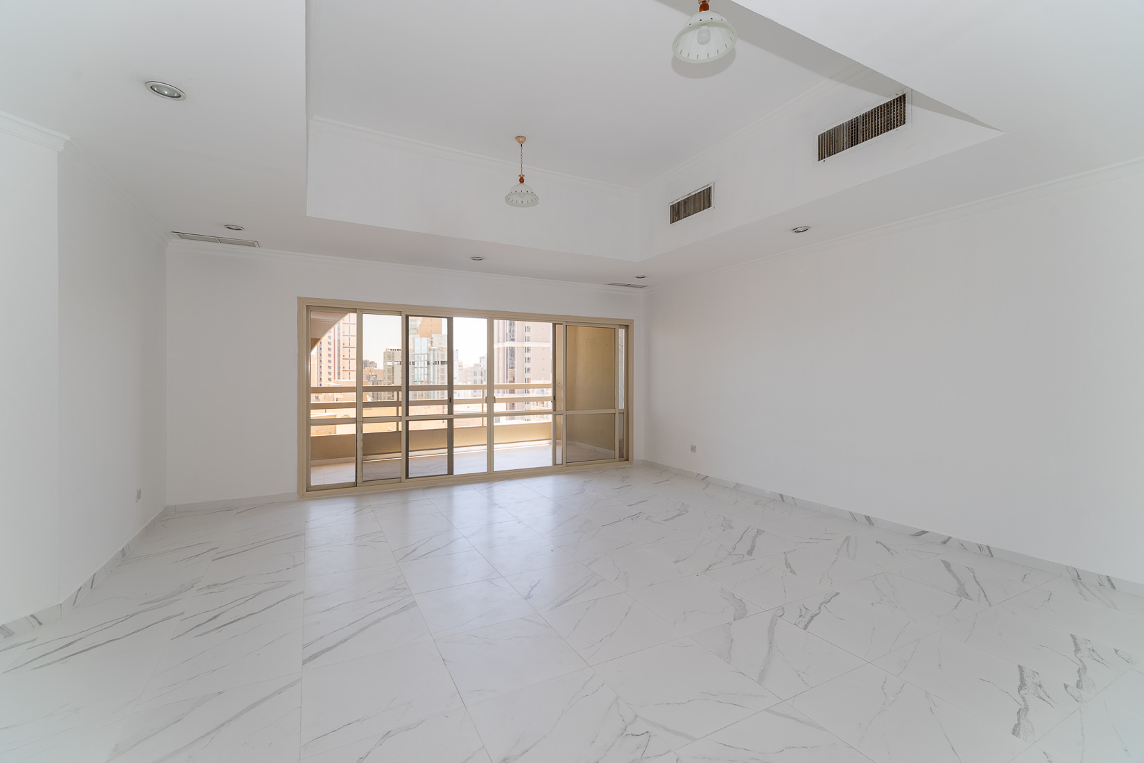 Shaab – spacious, three bedrooms apartment w/panoramic views