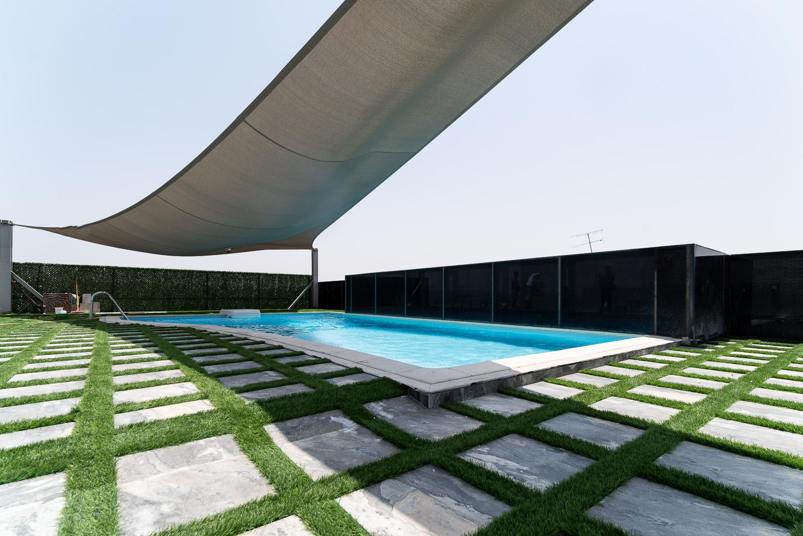 Salwa – beautiful, spacious, one bedroom penthouse w/sea view