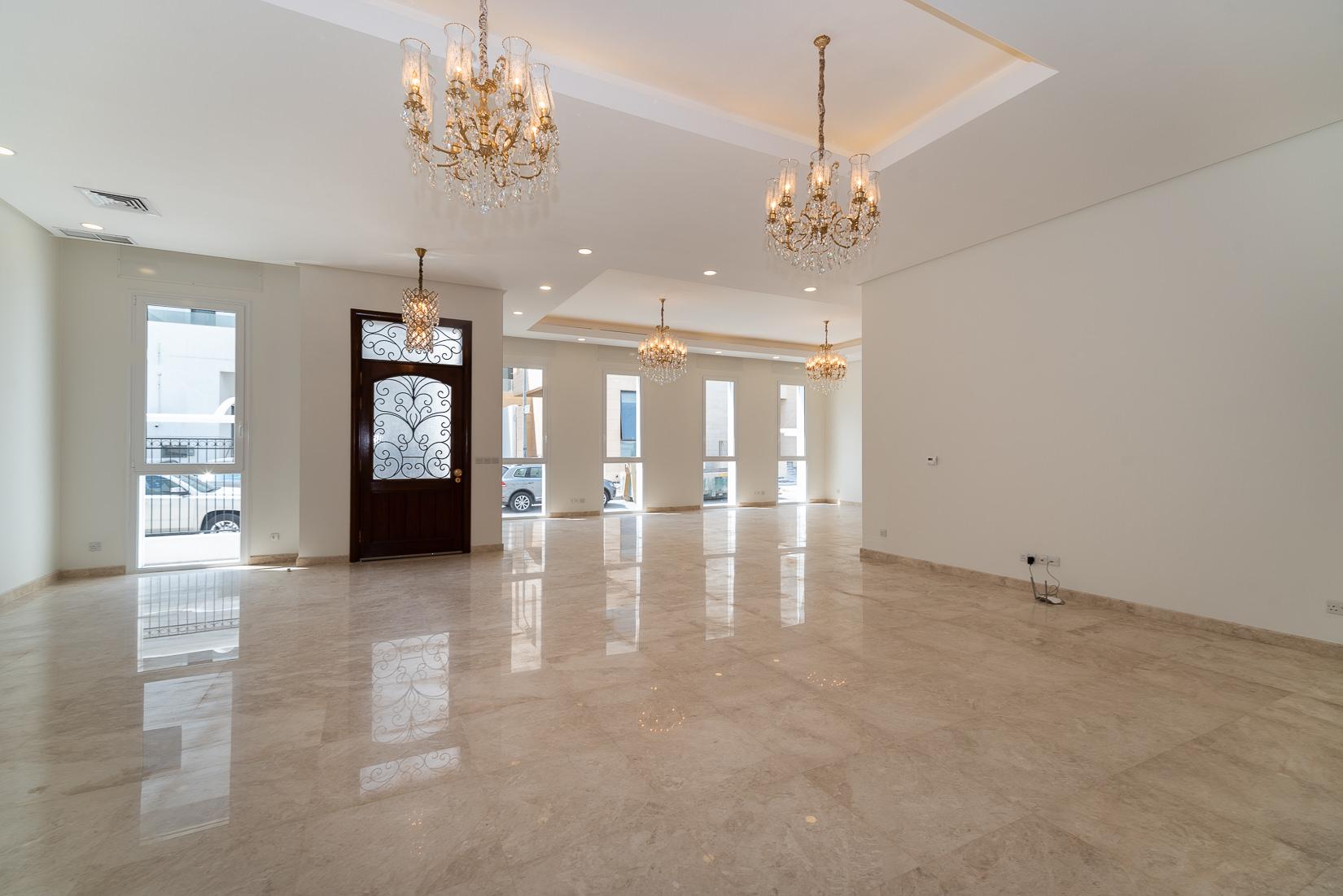 Dahia Abdulla Salem – contemporary, new, spacious villa