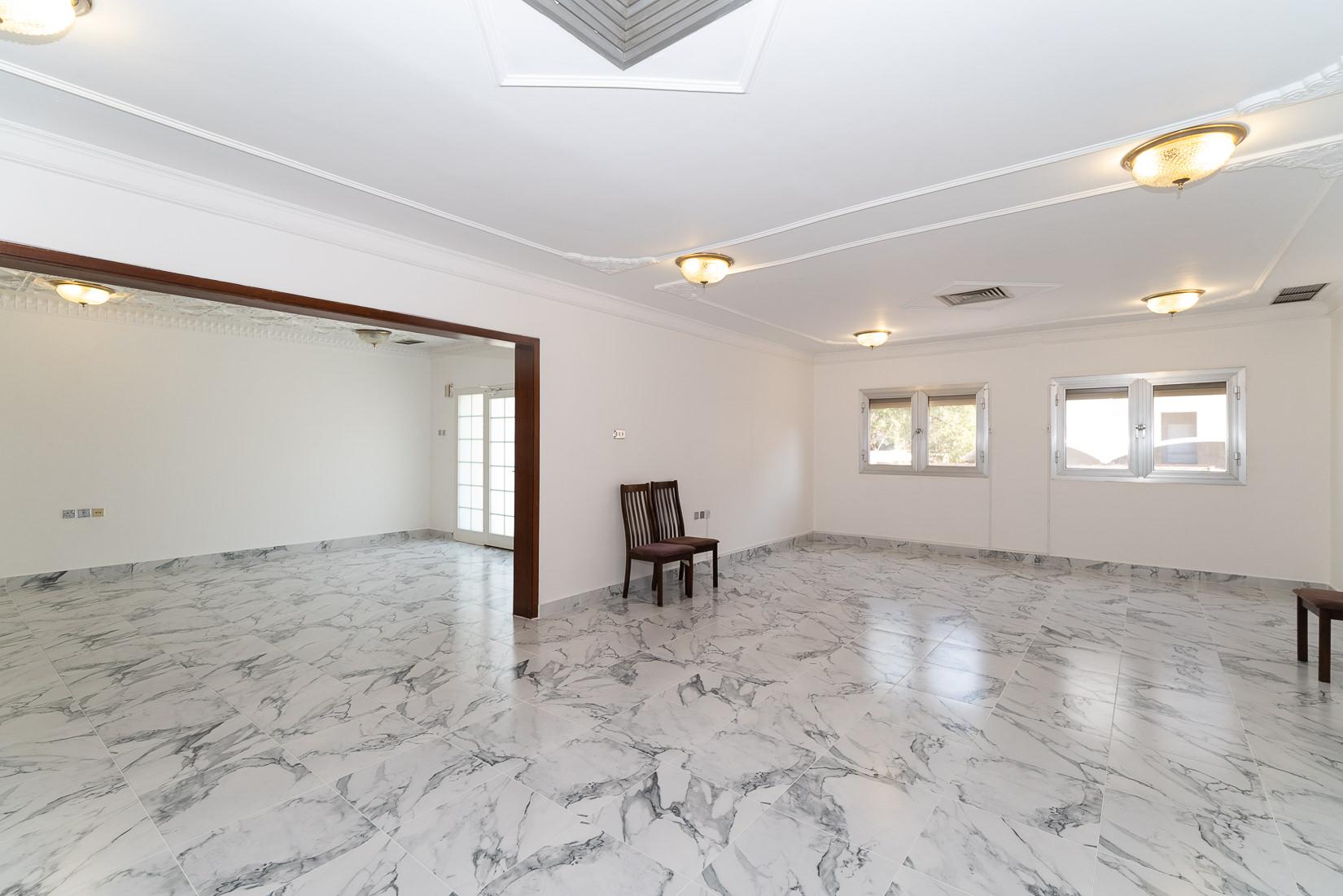 Jabriya – spacious, older, three bedroom ground floor w/yard