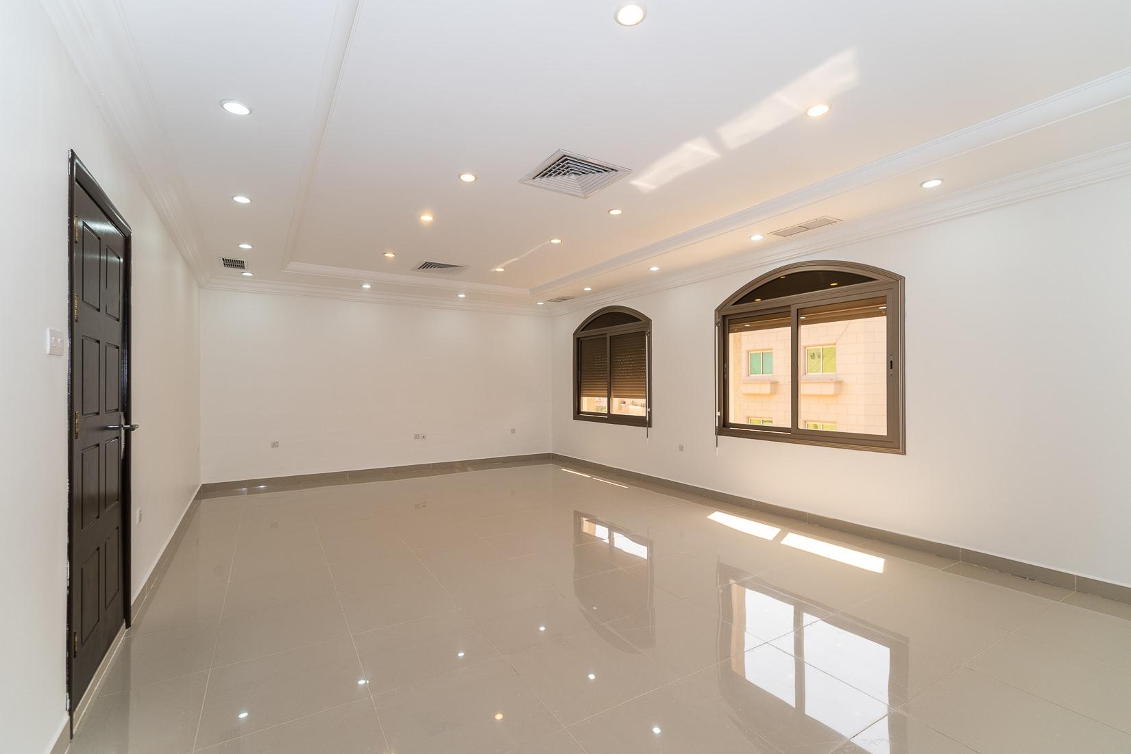 Salam – sunny, unfurnished four bedroom floor