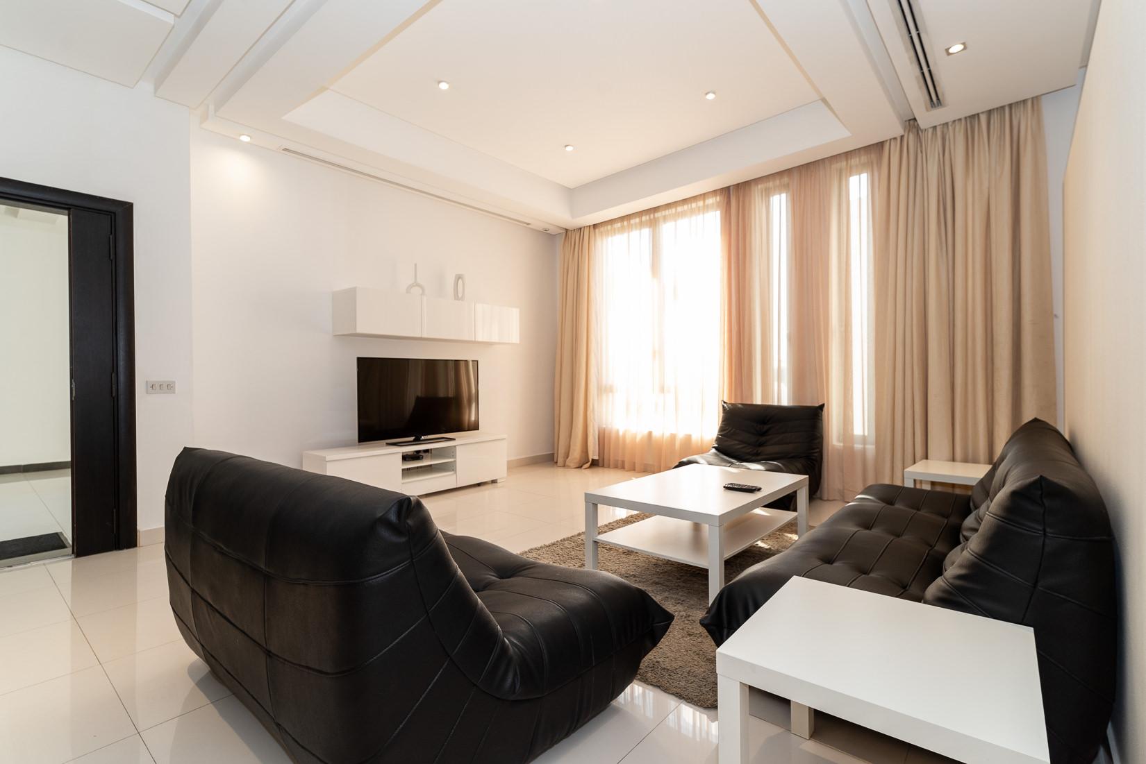 Fintas – fantastic, large furnished, three bedroom apartment w/pool