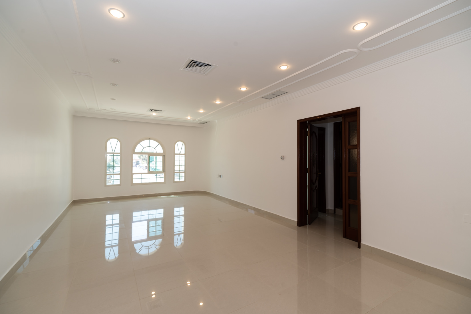 Salwa – spacious, three bedroom apartment