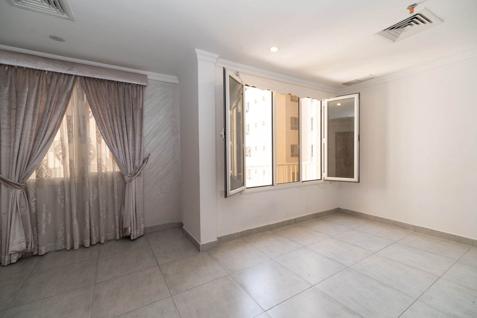 Fintas – unfurnished, two bedroom apartment