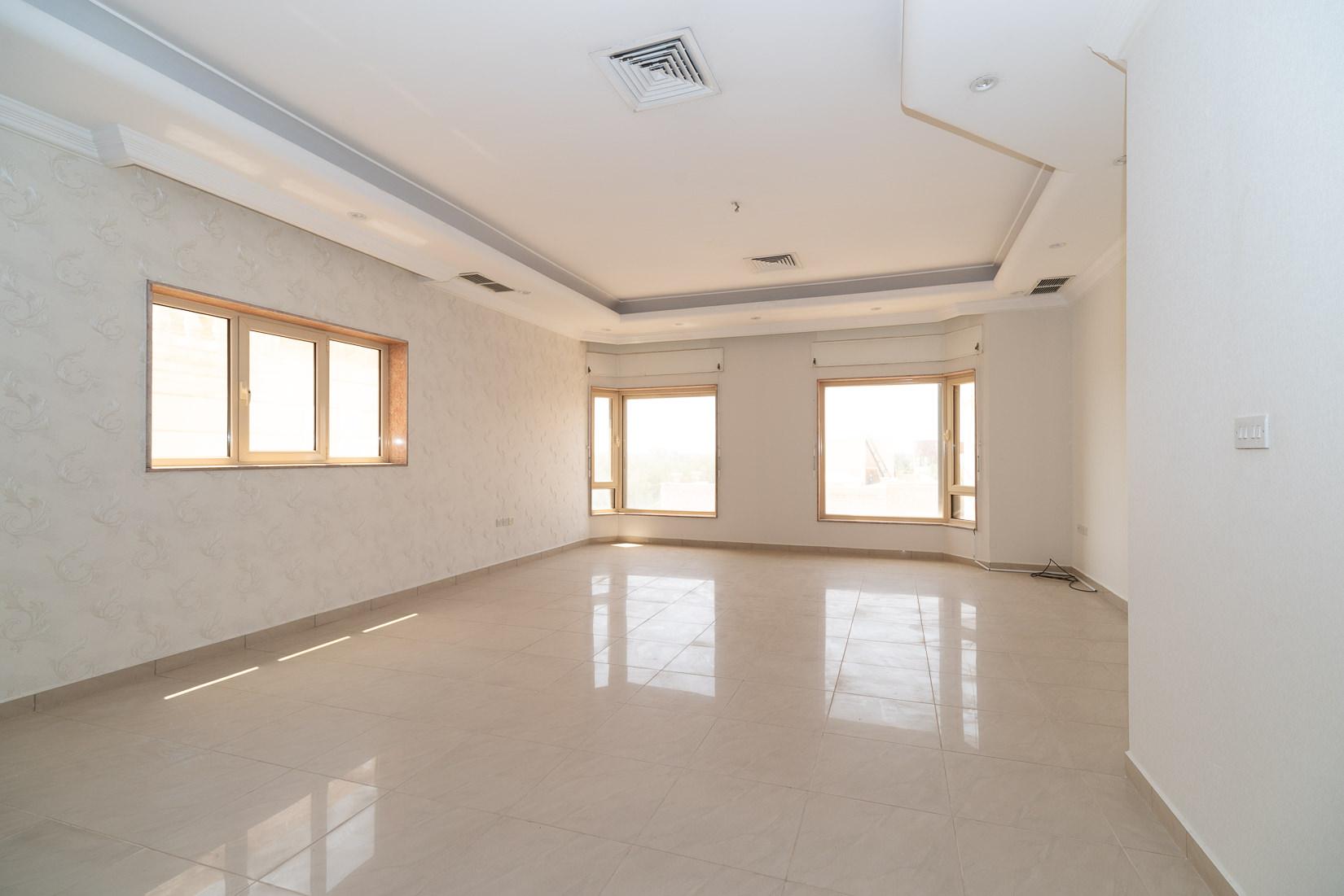 Salwa – spacious, ufnurnished four bedroom floor