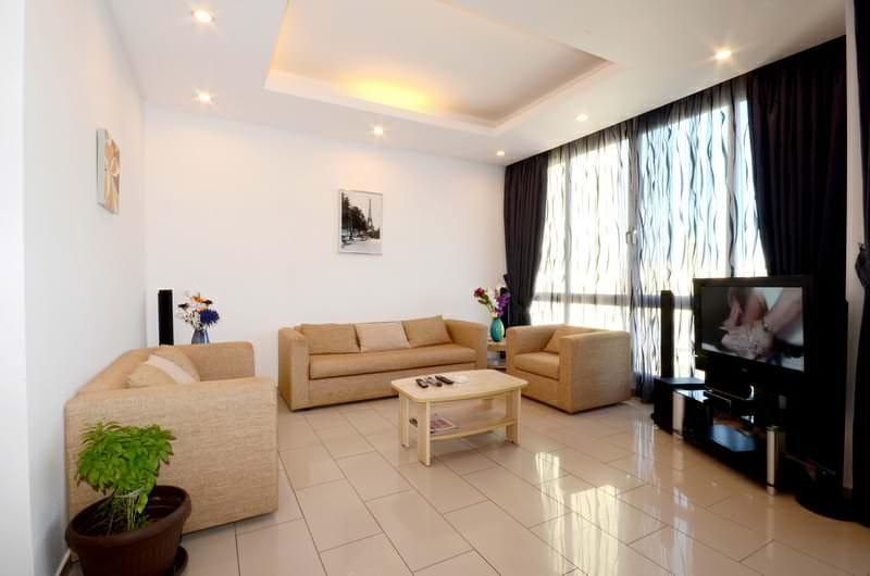Salmiya – furnished, three bedroom apartment