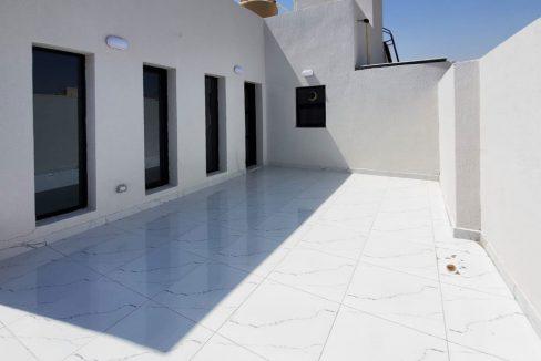 Horizon Q8 Andalus terrace (11)