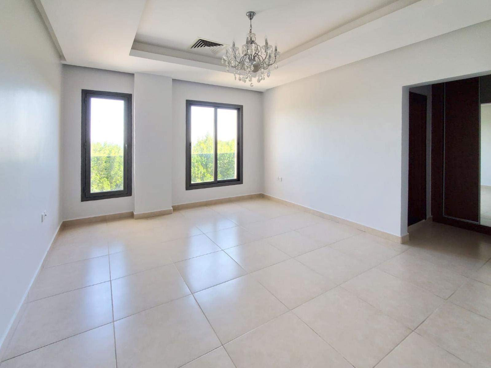 Salwa – unfurnished, three bedroom apartment w/sea view
