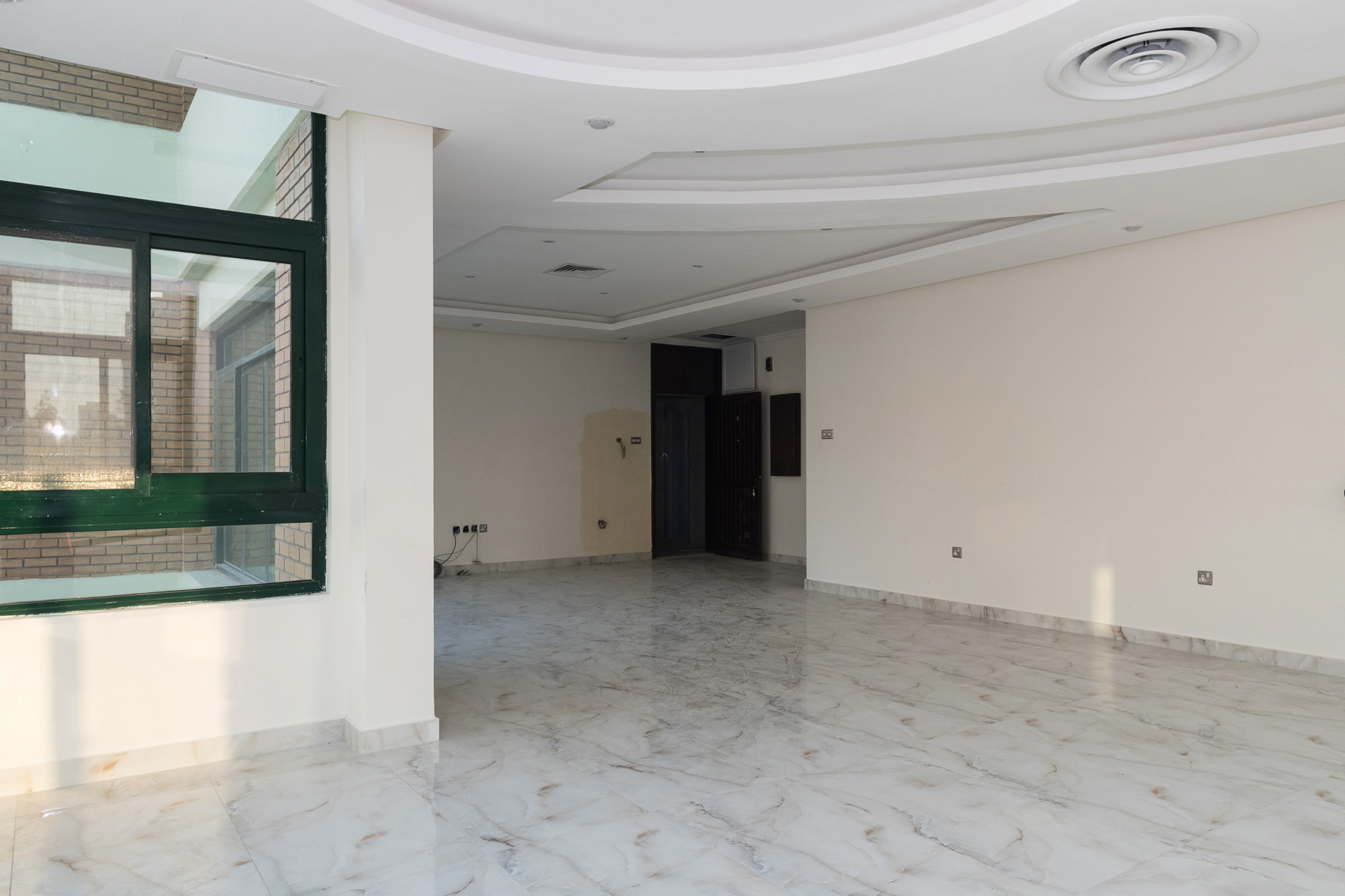 Salmiya – spacious, four bedroom apartments w/pool