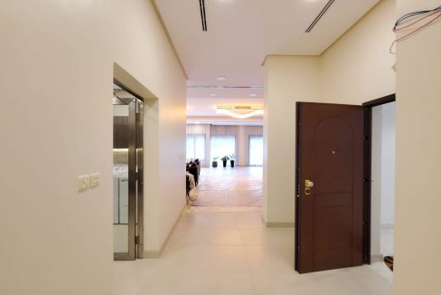 Horizon Q8 Bayan Floors (4)