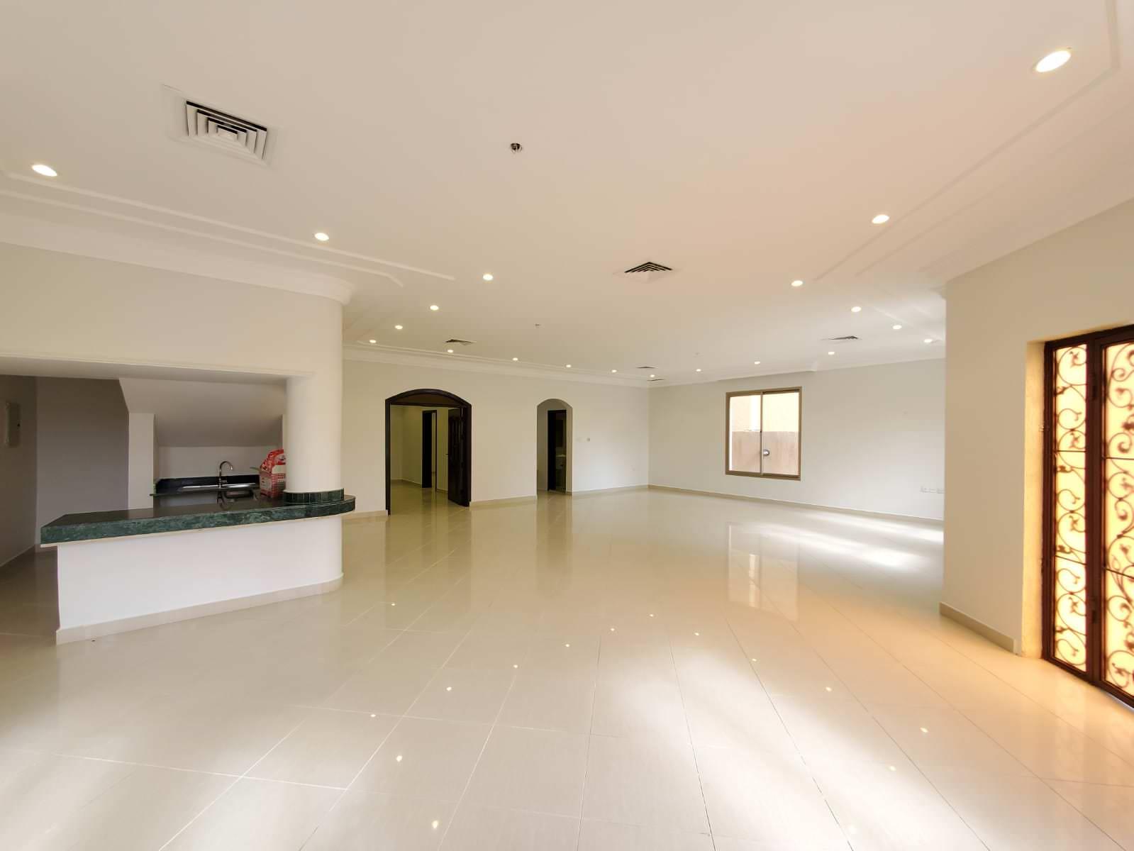 Egaila – unfurnished, five bedroom villa w/yard