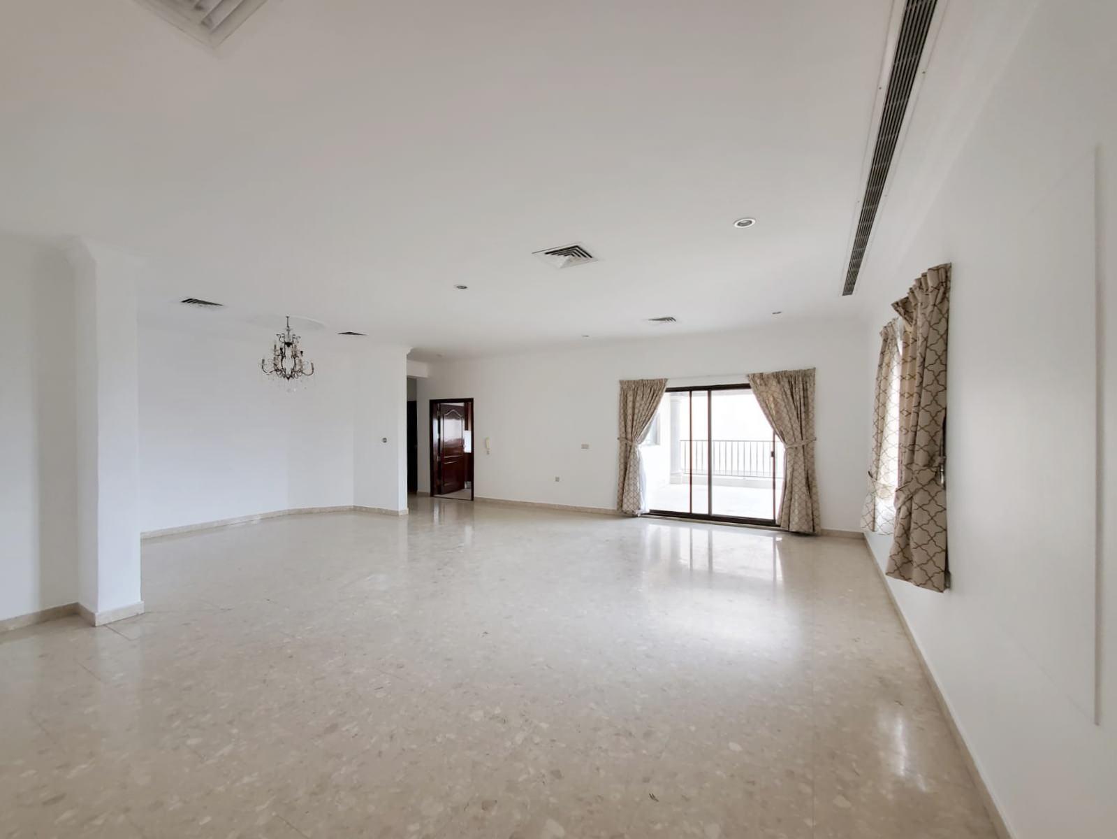 Rumaithiya – large, three bedroom floor w/terrace