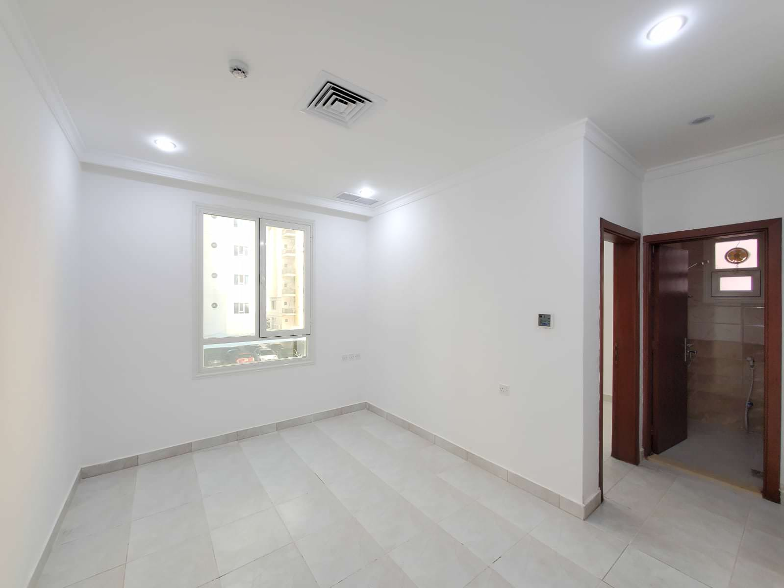 Salmiya – small, unfurnished, one bedroom apartment