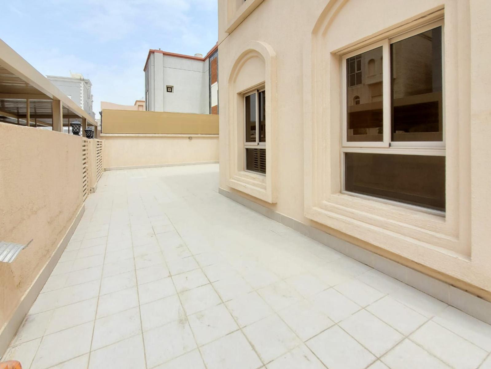Shuhada – spacious, four bedroom villa w/private yard